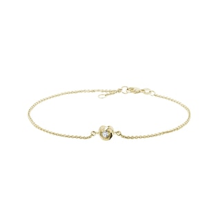 Diamond heart bracelet in yellow gold