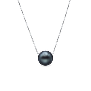 Tahitian pearl necklace in 14kt white gold