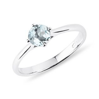 Aquamarine engagement ring in white gold