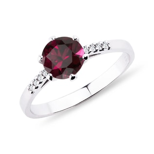 Rhodolite and diamond ring in white gold