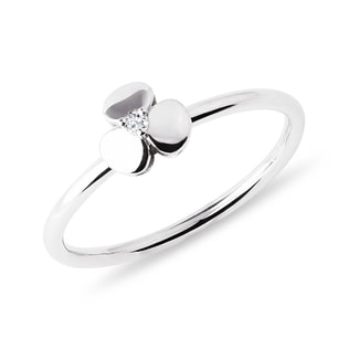 Children's shamrock ring in white gold
