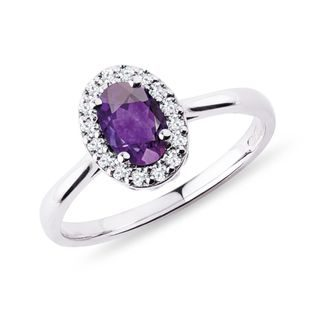 Amethyst Ring in Weißgold