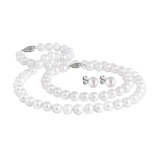 Freshwater pearl three-piece set with silver clasps