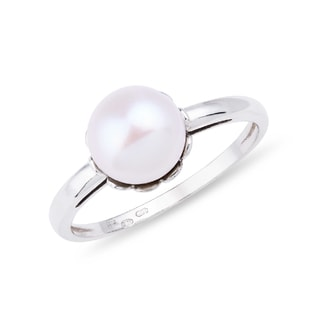 Pearl ring in 14kt gold