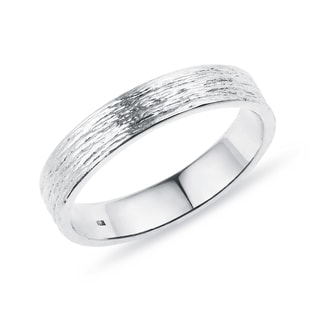 Men's wedding ring in white gold