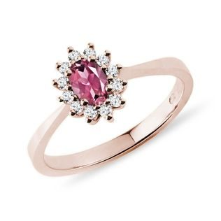 Oval tourmaline and diamond ring in rose gold