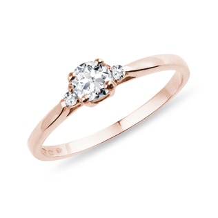 Pink gold ring with three diamonds