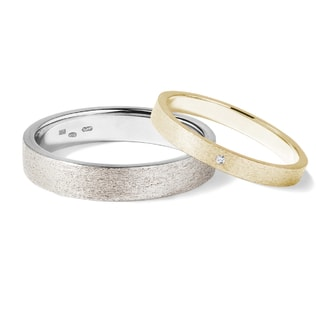 Wedding rings in yellow and white gold