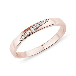 Ladies ring with diamonds in pink gold