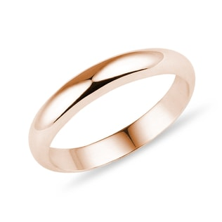 Wedding ring in rose gold