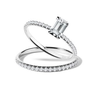 Engagement set with diamonds in white gold
