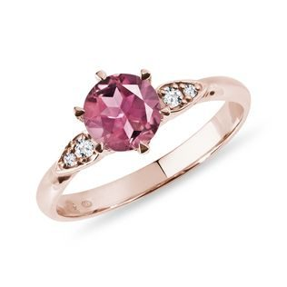 Tourmaline and diamond ring in pink gold