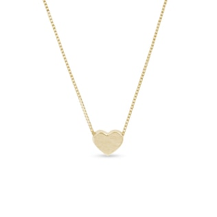 Matte heart-shaped necklace in yellow gold