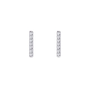 Diamond earrings in 14kt white gold