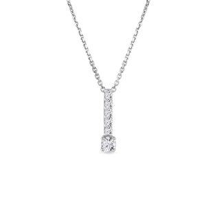 Diamond drop pendant necklace in white gold