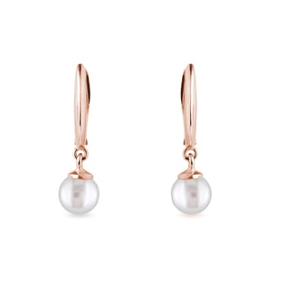Freshwater pearl earrings in rose gold