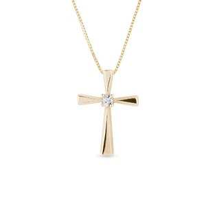 Cross pendant with diamonds in yellow gold