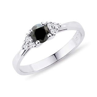 Ring with black and clear diamonds in white gold