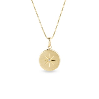 Star medallion necklace in yellow gold
