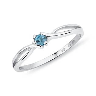 Topaz ring in 14kt white gold