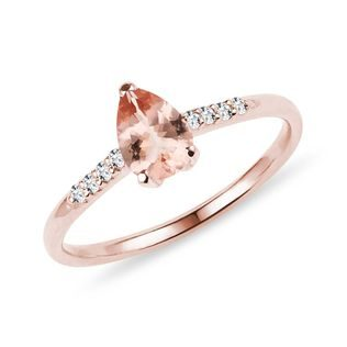 Morganite and diamond ring in rose gold