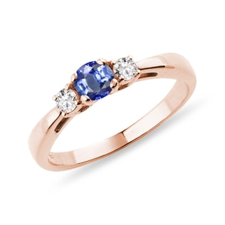 Tanzanite and diamond ring in rose gold