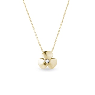 Diamond shamrock necklace in yellow gold