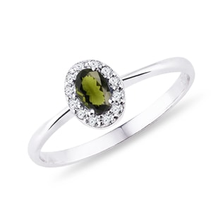 Diamond and moldavite ring in white gold