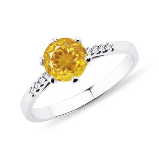 Gold ring with citrine and diamonds