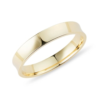 Men's ring in yellow gold