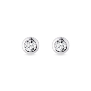 3mm bezel earrings in white gold