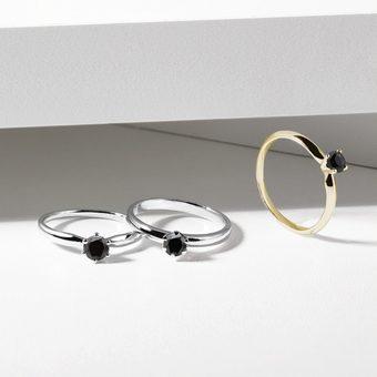 gold minimalist rings with black diamond - KLENOTA