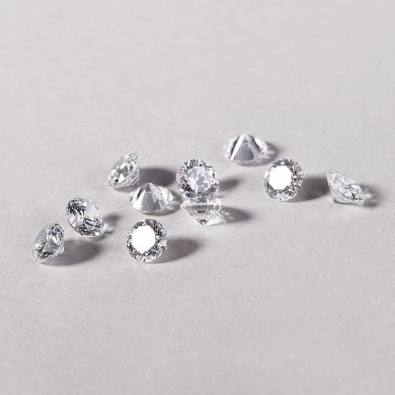 What is the difference between zircon and cubic zirconia?