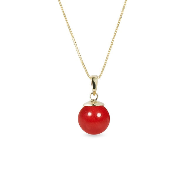 Coral pendant in yellow gold