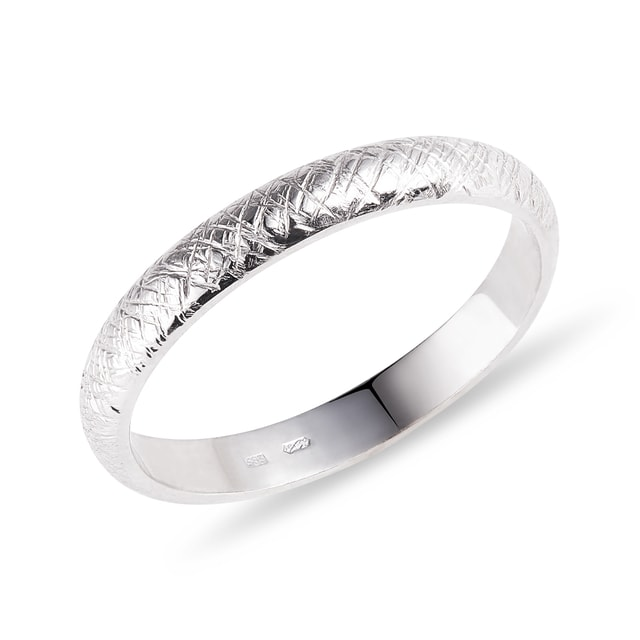 Textured wedding ring in white gold