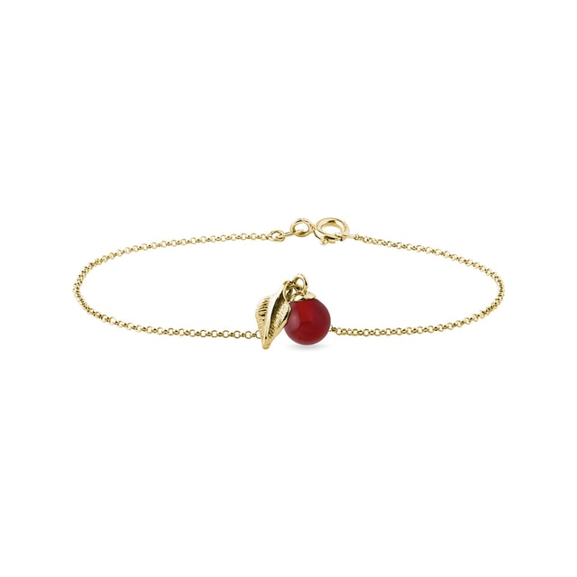 Carnelian and leaf ornament bracelet in yellow gold