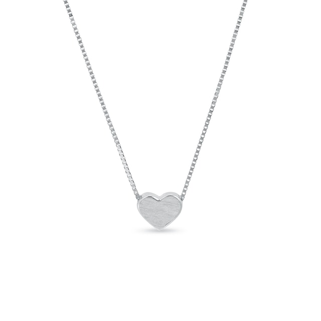 Heart necklace in white gold with matte finish