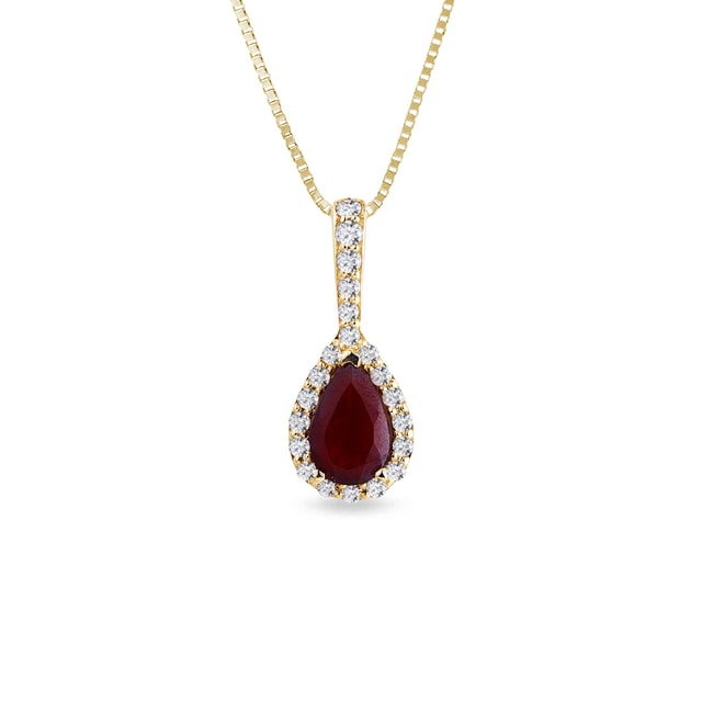 Gold necklace with garnet and diamonds