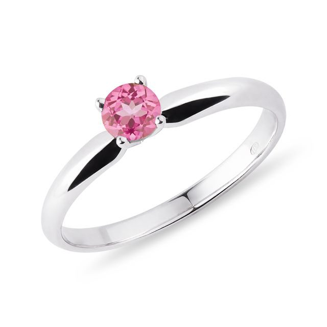 Ring of white gold pink sapphire