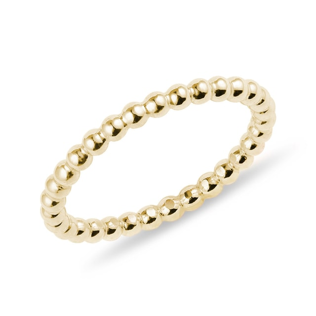 Minimalist ring in yellow gold