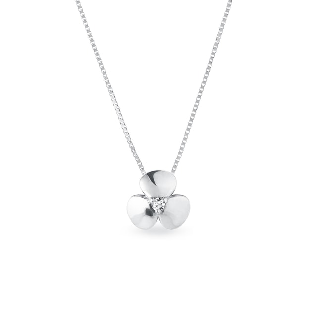 Diamond shamrock necklace in white gold