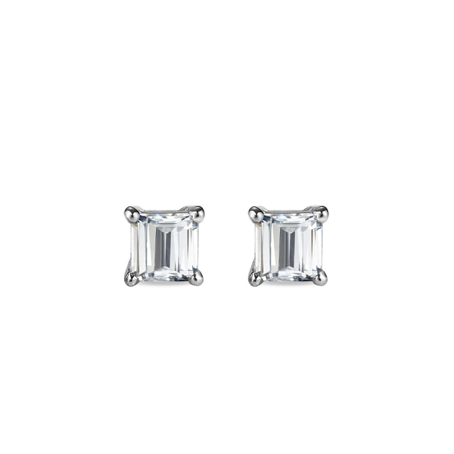Diamond earrings in 14kt gold