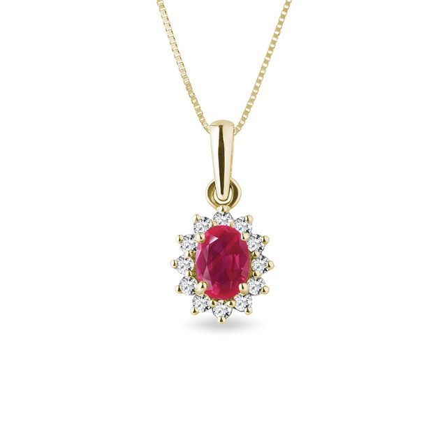 Necklace with a ruby ​​and diamonds in yellow gold