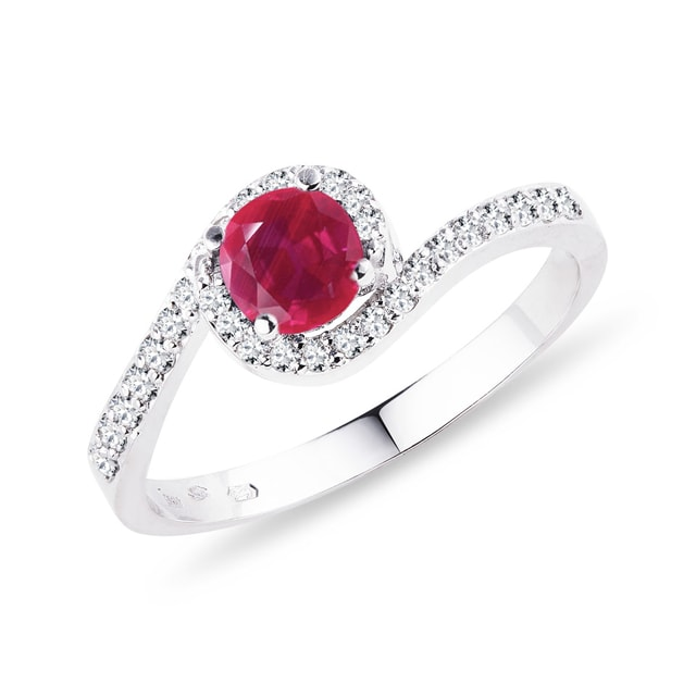 Gold ring with a ruby and diamonds