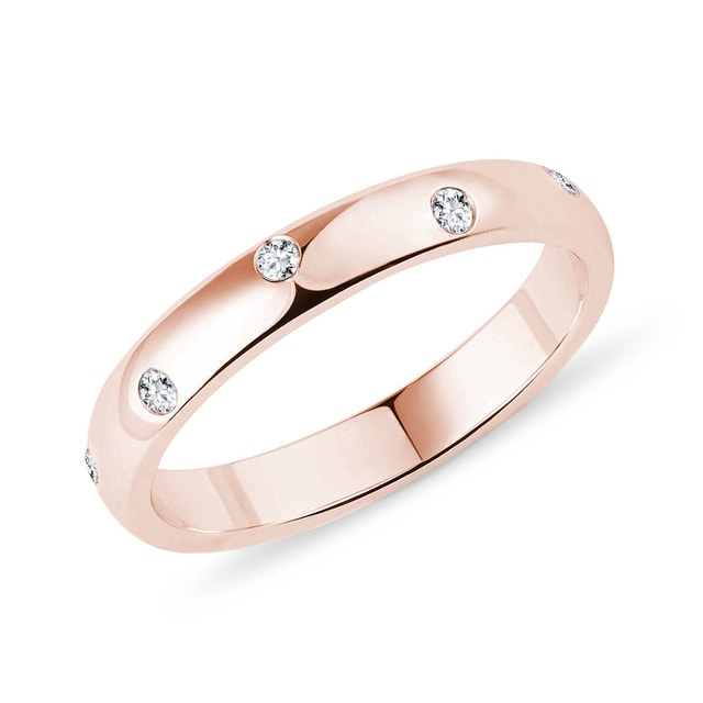 Ten diamond ring in rose gold
