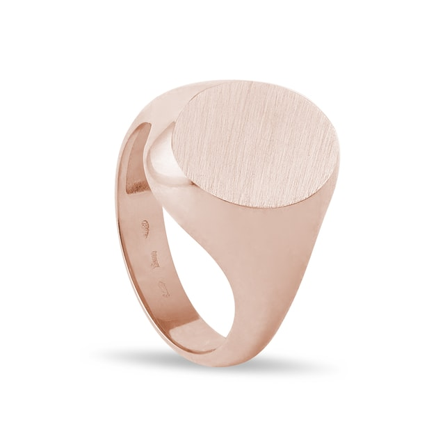 Oval signet ring in rose gold
