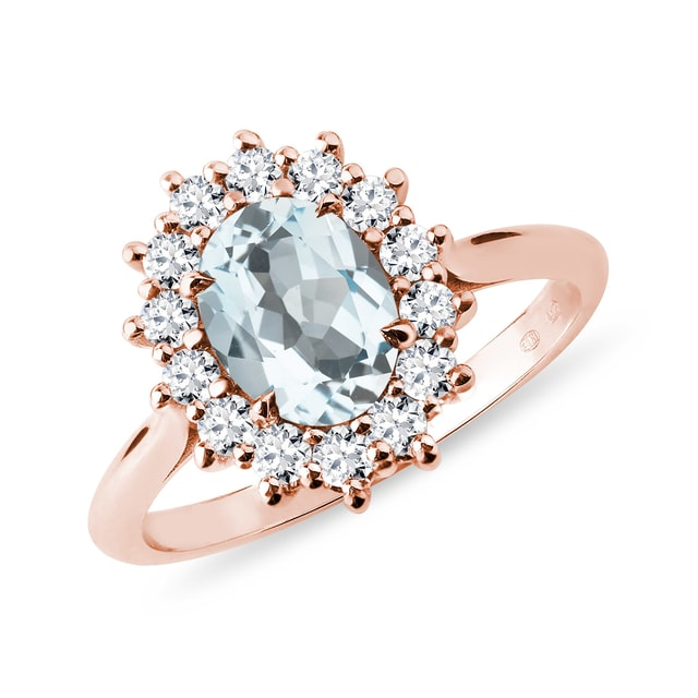 Rose gold ring with aquamarine and diamonds