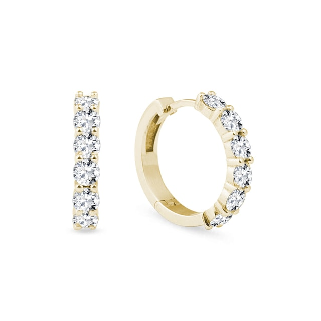 Earrings with diamonds in yellow gold