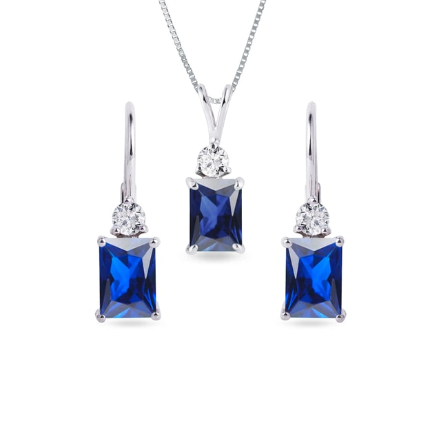 Sapphire earring and necklace set in white gold