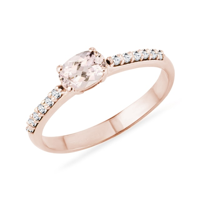 Ring with morganite and diamonds in pink gold